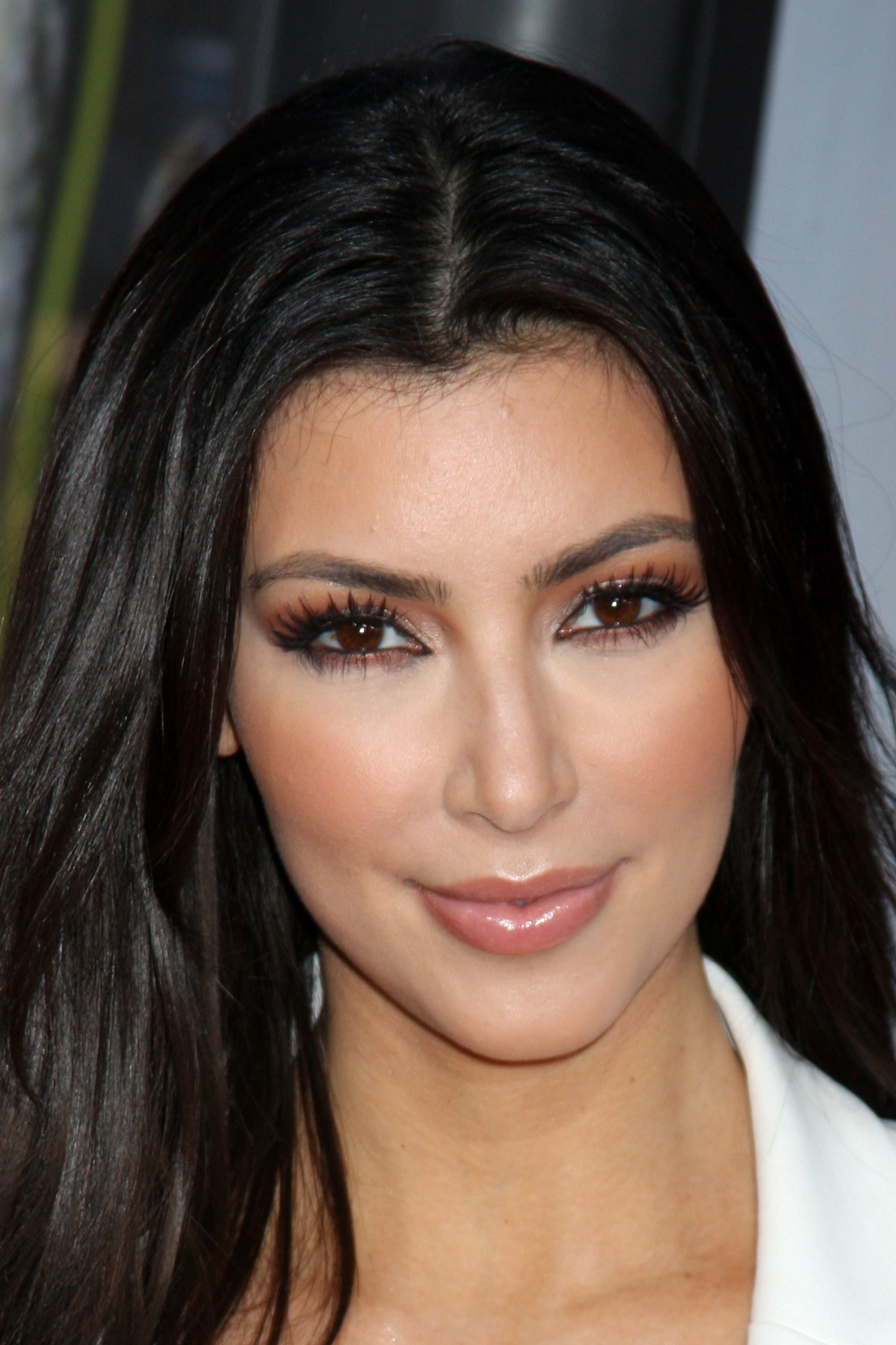 kim kardashian nose job before and after. Black Bedroom Furniture Sets. Home Design Ideas